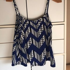 Dark blue tank top with white and black pattern